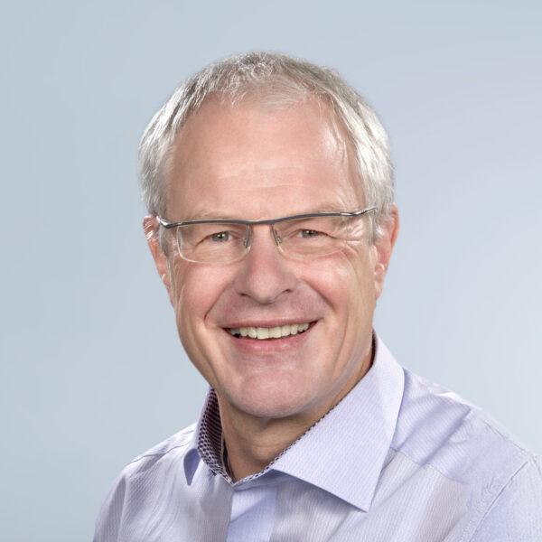 Lüppo Ellerbroek ist Erster Curator